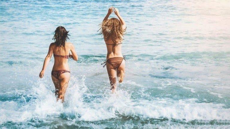 filles plages